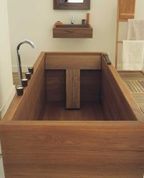 Picture of Geo Standard Teak Wood Bath Tub