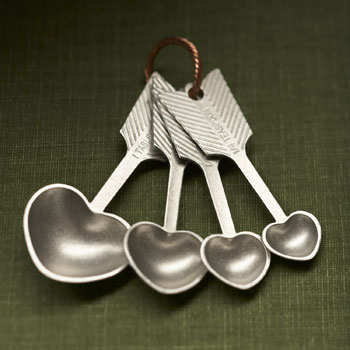 Picture of Beehive Handmade Heart Measuring Spoons