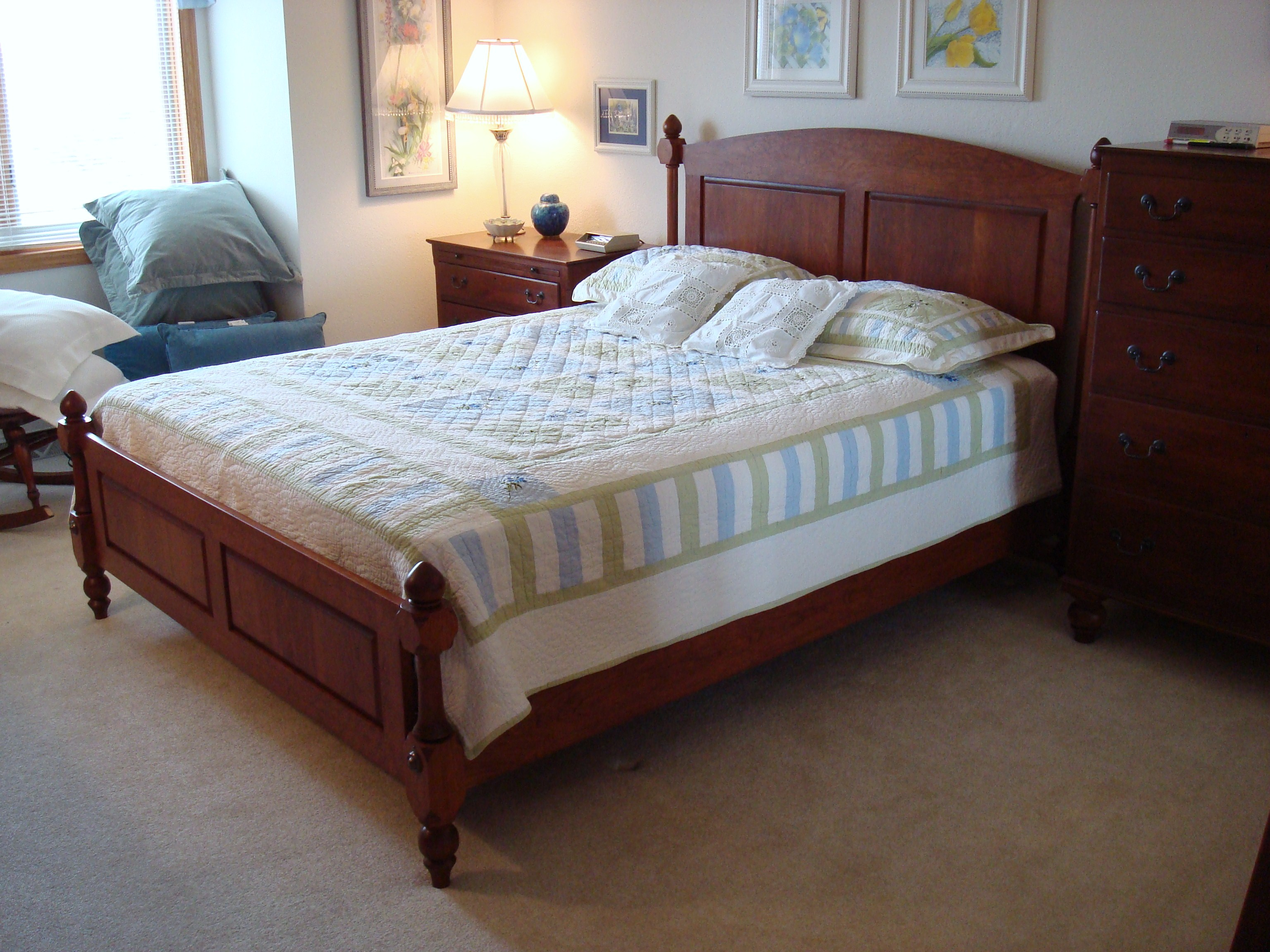 Picture of Cherry Four Post Spindle Bed