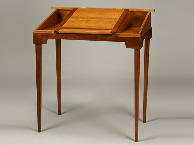 Picture of Plantation Desk