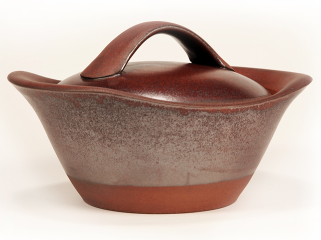Picture of Cook on Clay Casserole - 2 Quart in Bordeaux