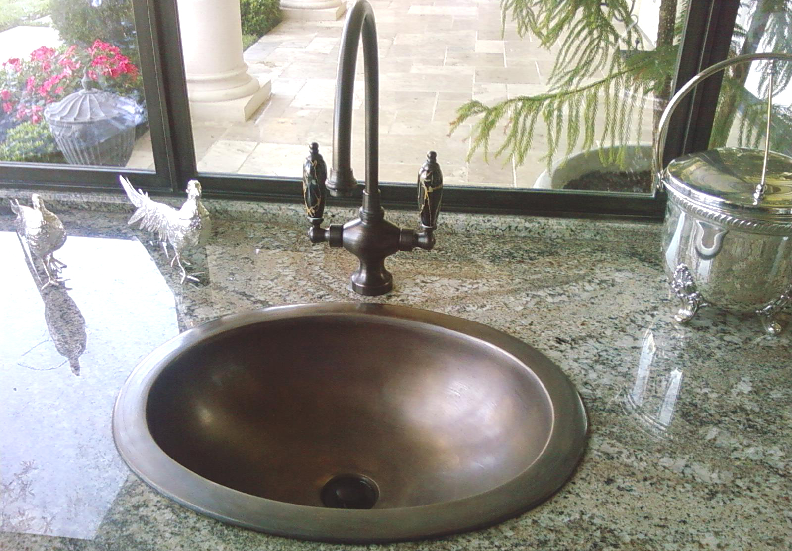 "Picture of 16"" Oval Bronze Bath Sink"