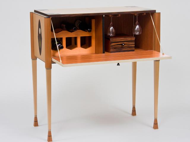 Picture of White Tulip Wine Cabinet