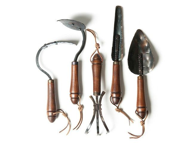 Picture of Pointed Garden Hoe