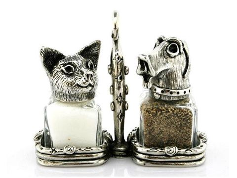 Cat and Dog Salt and Pepper Shakers Set