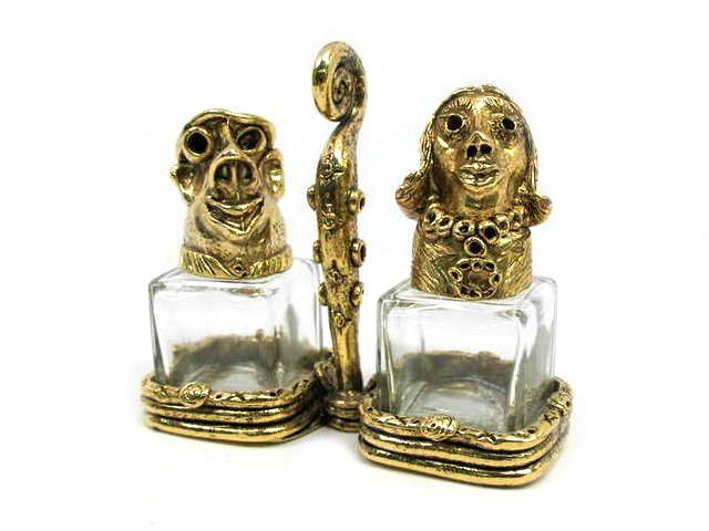 Picture of Man and Woman Salt and Pepper Shakers Set
