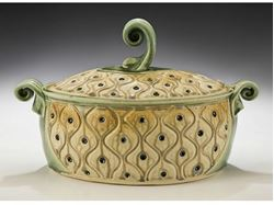 Picture of Oval Stoneware Casserole with Lid