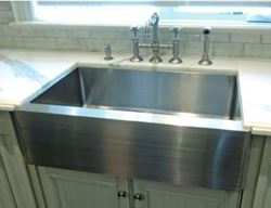 Stainless Farmhouse Apron Front Rounded Front Kitchen Sink