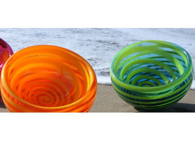 Picture of Spiral Bubble Bowls