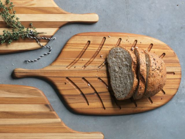 Picture of Small Paddle Shaped Bread Board by Proteak