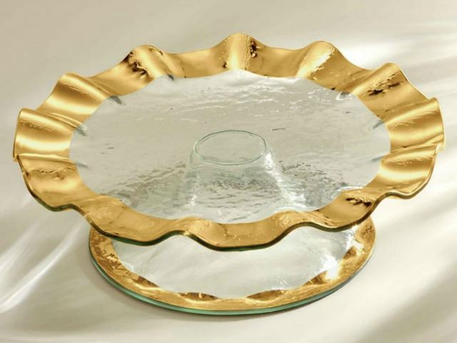 Picture of Ruffle Pedestal Cake Stand