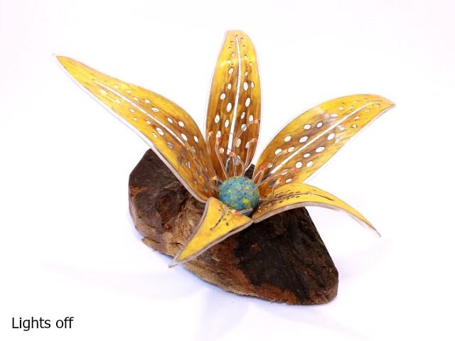 Picture of Unique Lamps   Mars Bloom - Yellow