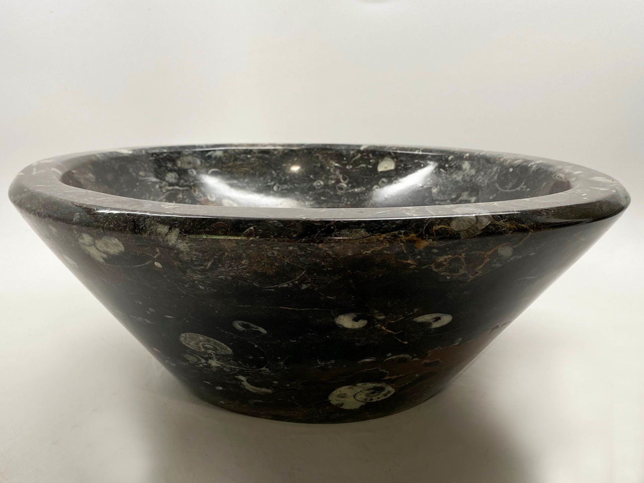Picture of Genese Fossil Vessel in Noir (110)