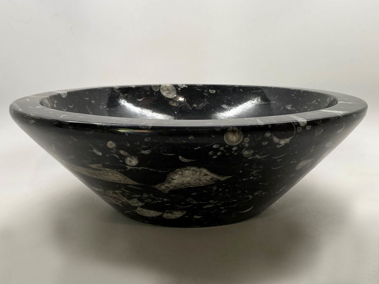 Picture of Genese Fossil Vessel in Noir (112)