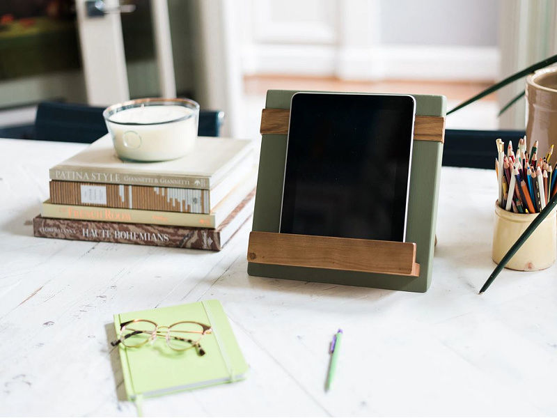 Picture of Reclaimed Wood Cook Book and iPad Holder in Sage